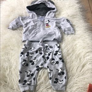 Disney baby 3-6 month Mickey Mouse sweatsuit